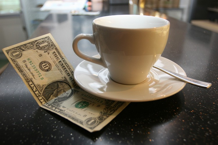 small-business-payroll-employee-tips-gratuity